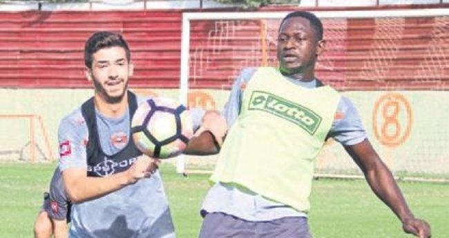 Kaplan Beşiktaş'a hazırlanıyor