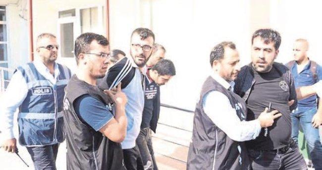 Polise kurşun sıkan saldırganlar yakalandı