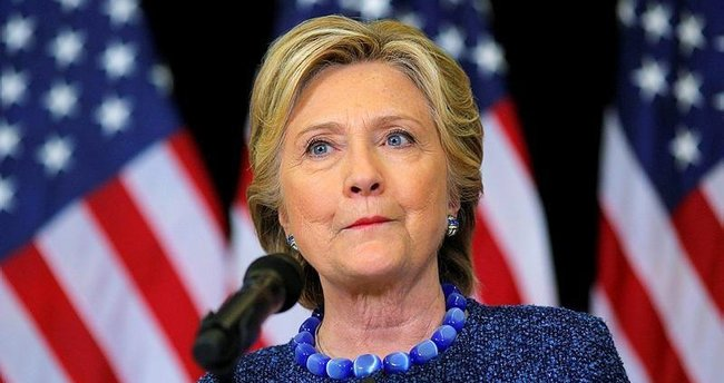 Clinton FBI'a meydan okudu