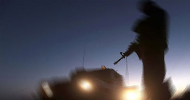 Askerin karşısına çıkan teröristler...