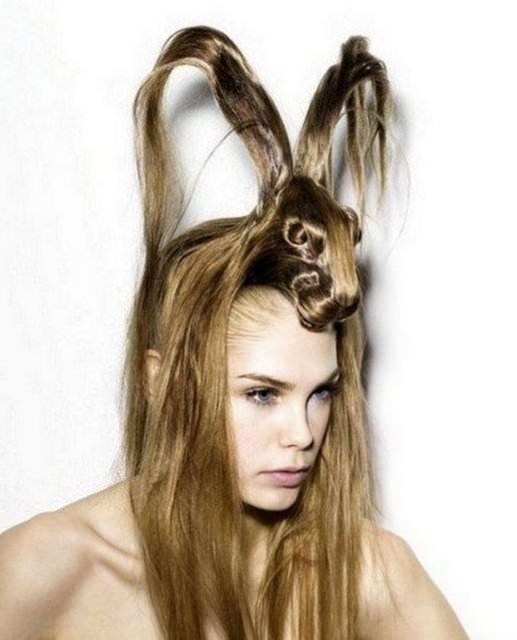 Saçlarınızı bırakın dağınık kalsın modası bitti, artık geometrik saçlar moda!
