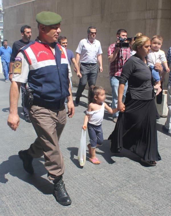 Tutuklanan anneyle birlikte cezaevine