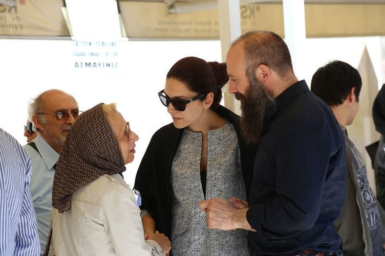 Halit Ergenç'in annesi böyle uğurlandı