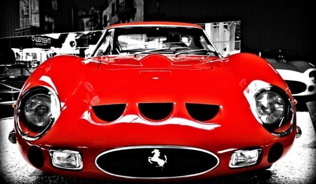 Rekor fiyatlara satılan Ferrari'ler