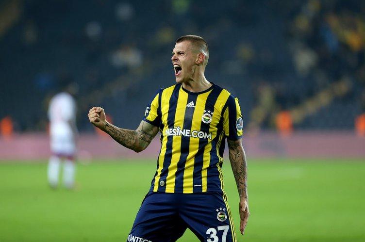 Akhisar Belediyespor - Fenerbahçe maçından kareler