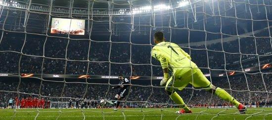 Avrupa ve Fransa basını Beşiktaş'ı övdü!