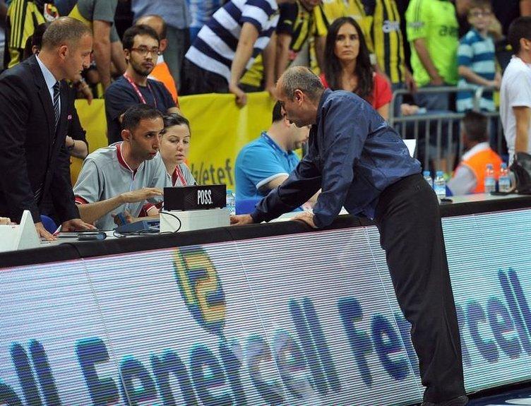 Galatasaray, Fenerbahçe maçına çıkmadı