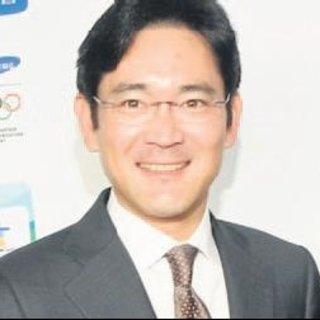 Samsung'un veliahtına tutuklama kararı