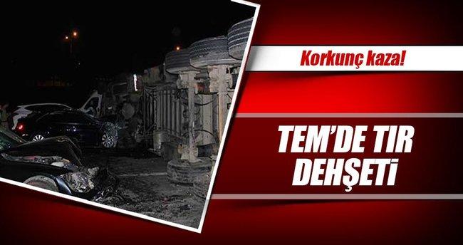 TEM'de TIR dehşeti: 5 yaralı