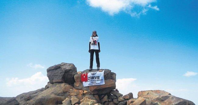 İzmirli kadın dağcı, İran'da bayrağımızı zirveye taşıdı