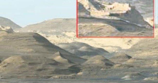 Mars'ta son iddia: Köy kalıntıları var
