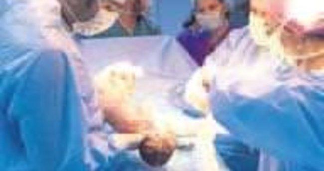 Sezaryenle doğan bebekte obezite riski