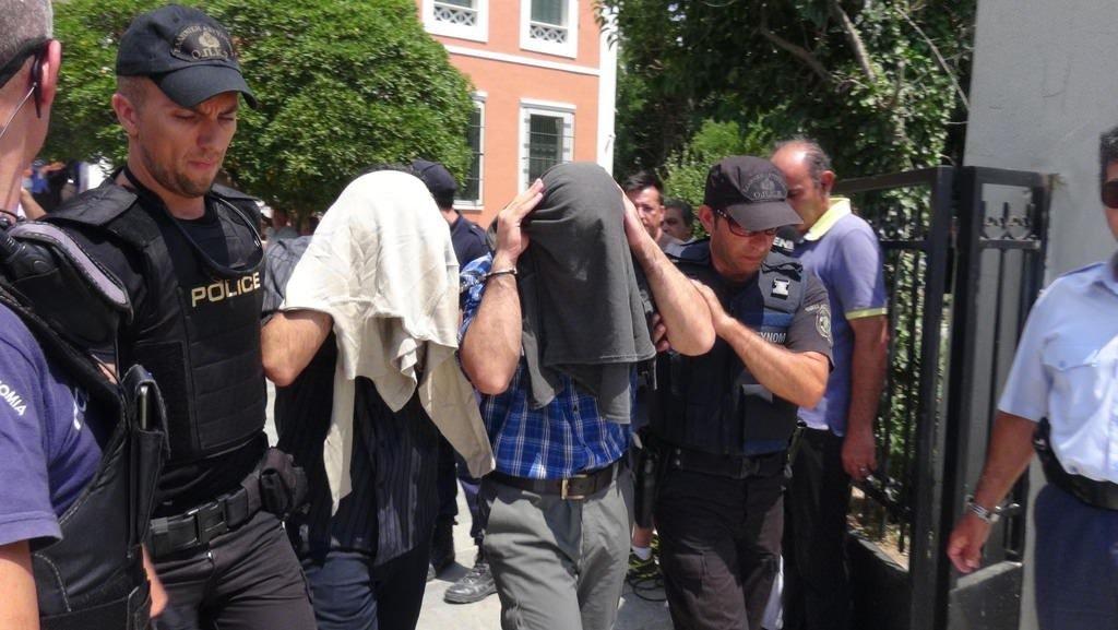 Yunanistan üç darbeci askeri Türkiye'ye iade etmeyecek