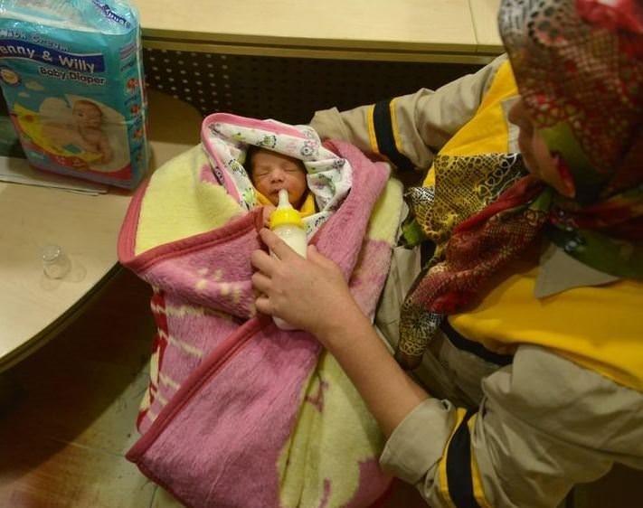 Bebeğini tuvalete bırakan anne konuştu