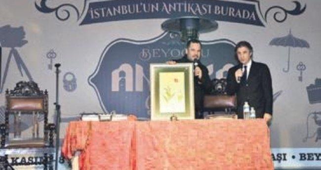 Antika meraklıları Taksim'de toplandı