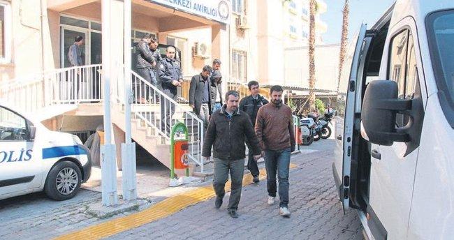 Erdemli'de FETÖ/PDY operasyonu: 13 kişi gözaltında