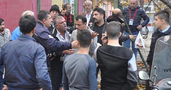 İnegöl'de olaylı maç, polis biber gazı ile müdahale etti
