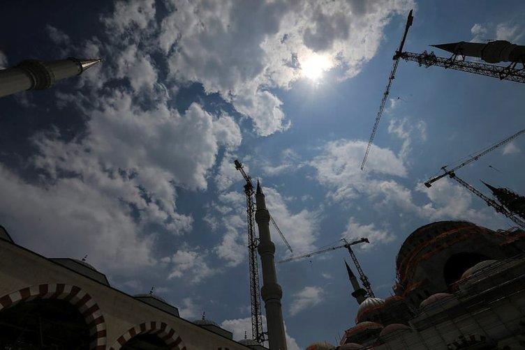 Çamlıca Camisi Kadir Gecesi'ni bekliyor