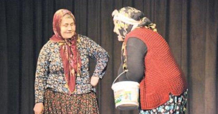 'Yılın Tiyatrocusu Ödülü' Koçak'a