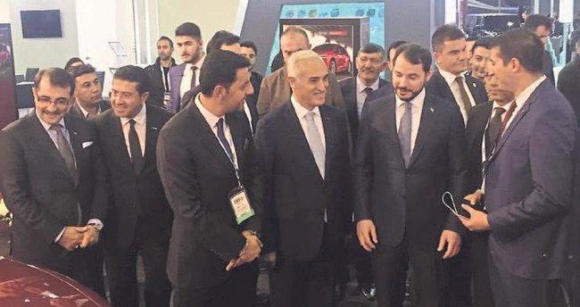 Enerji Bakanı Berat Albayrak KKTC'nin 'Günsel'ini beğendi