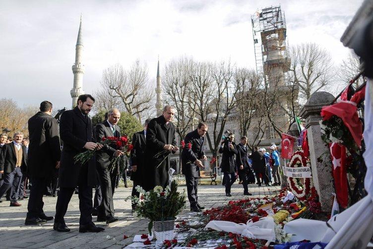 Cumhurbaşkanı Erdoğan hayatını kaybedenleri andı