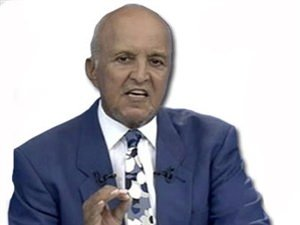 Mehmet Ali Birand Türkiye'yi üzdü