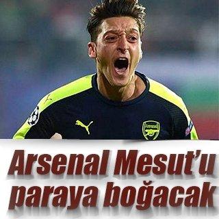 Arsenal, Mesut'u paraya boğacak!