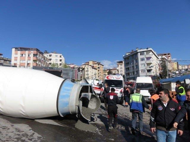 İstanbul'da beton mikseri faciası