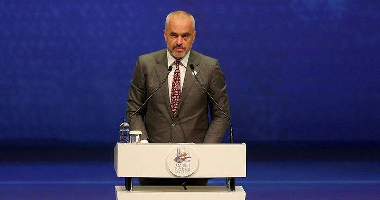'Arnavutluk enerji köprüsü görevini üstleniyor'