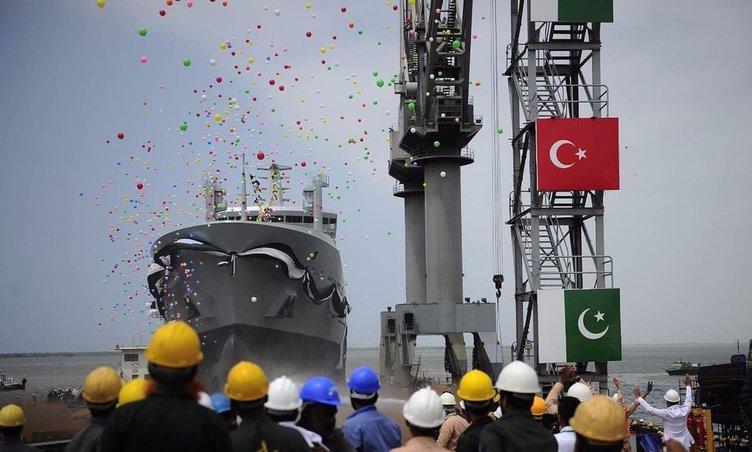 Türkiye'den Pakistan'a dev askeri gemi