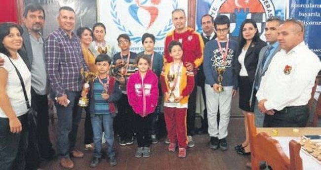 Anlamlı turnuvaya 81 sporcu katıldı