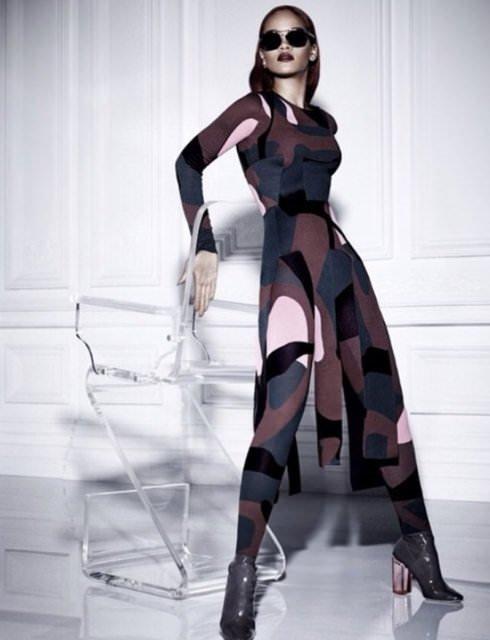 Transparan Rihanna