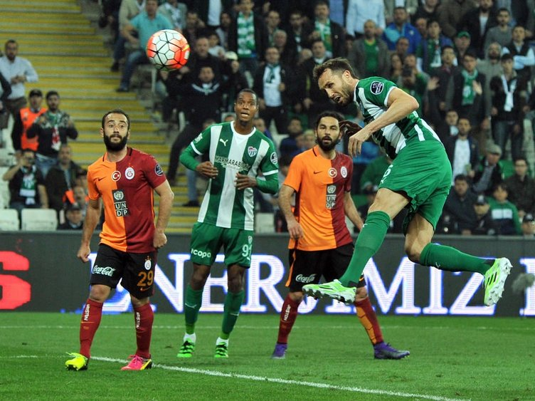 Bursaspor-Galatasaray maçından kareler