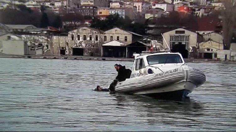 Deniz polisini yanıbaşında kahreden ölüm