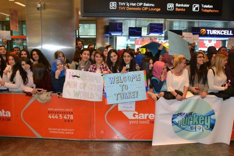 Havalimanında CNBLUE izdihamı!