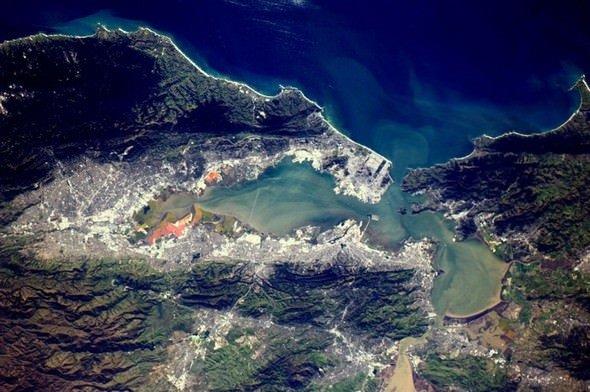 Dünya'nın uzaydan çekilen muhteşem görüntüleri .