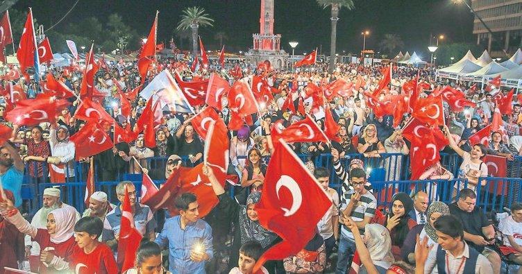 İzmir vatanına sahip çıkıyor