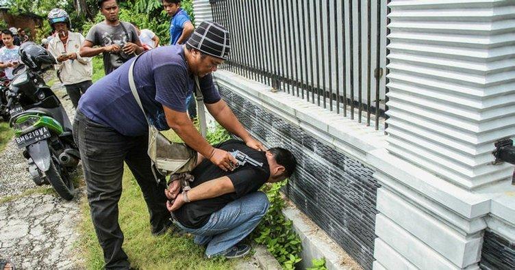 Endonezya'daki cezaevinden firar eden mahkumlar
