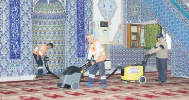 Yıldırım'da ibadethanelere özel temizlik