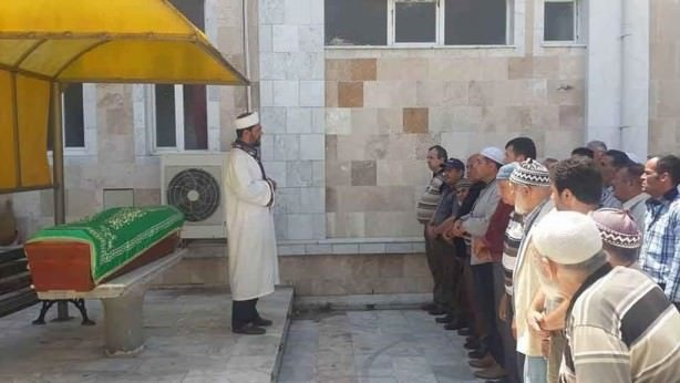 Hıristiyan olarak yaşadı, Müslüman gibi gömüldü