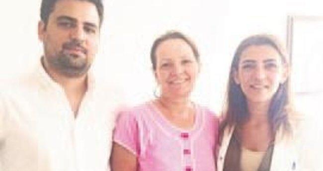 Rahim kanseri riskinden laparoskopiyle kurtuldu