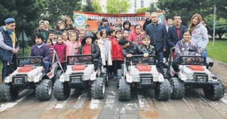 Çocuklara trafik eğitimi verildi