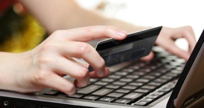 İnternetten kartlı öddemeler bir yılda yüzde 22 arttı