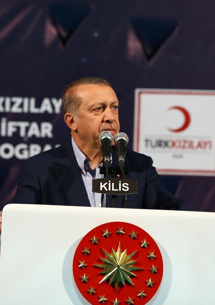Cumhurbaşkanı Erdoğan'dan Suriyeli sığınmacılara vatandaşlık müjdesi
