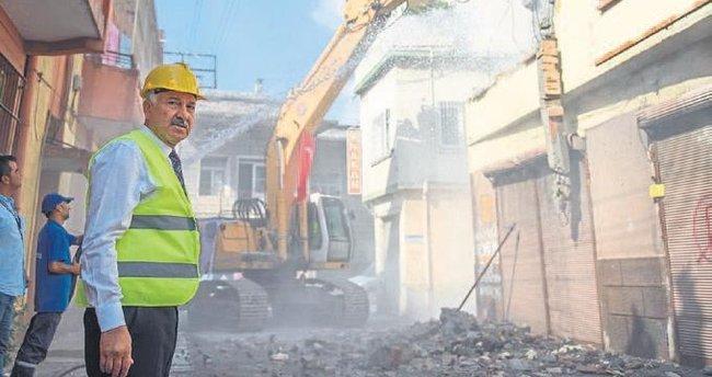 Türkiye'nin en büyüğü için kazma vuruldu