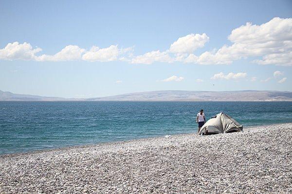 Mavi bayrak alan Van Gölü konuklarını bekliyor