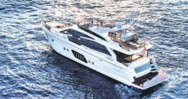 CNR Boat Show'a Absolute damgası