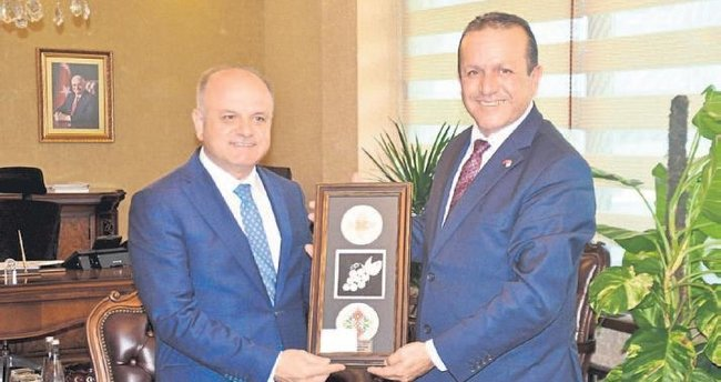 Türkiye ile KKTC arasındaki ilişkiler dünyaya örnek oluyor