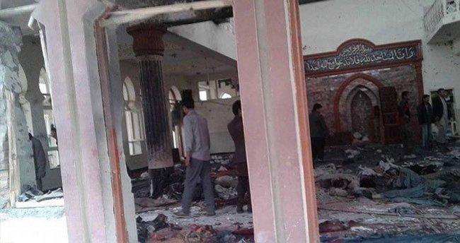 Afganistan'da canlı bomba saldırı: 27 ölü