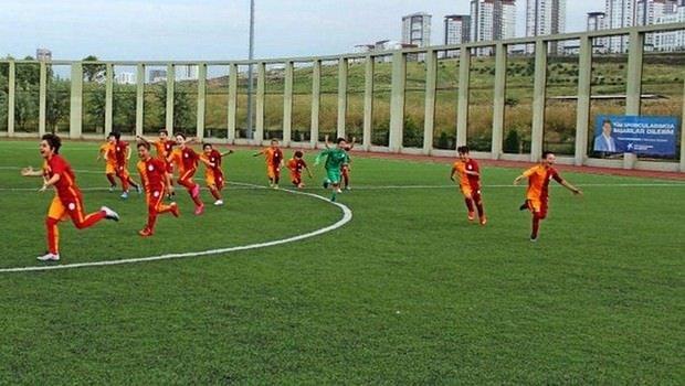 Galatasaray U14 Takımı gol oldu yağdı!